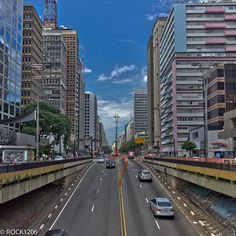 Avenida Paulista by @ROCK1206 #saopaulocity #paulista #avenidapaulista