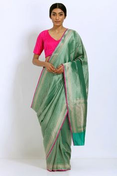 fba957d69cd667 Green Handloom Pure Silk Banarasi Saree with Intricate Allover Handwoven  Zari Work
