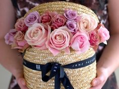 Jane Packer Flowers - wouldn't you just love to have your doorbell ring & find this?
