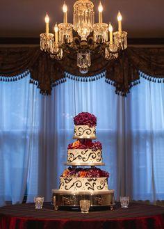 Nashville Garden Wedding   CJ's Off the Square   Black and White Swirl Cake - Photo: Joe Hendricks