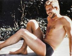 Did you know he has a second bicep and a couple of legs that look like this? | An Ode To Hot Young Harrison Ford