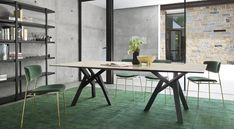 Fifties Chairs and Table by Calligaris Italian Furniture Design, House Furniture Design, Cheap Patio Furniture, Dining Furniture, Build A Table, Multifunctional Furniture, Italian Home, Decoration, Home Furnishings