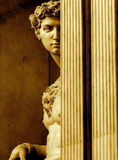 sculpture & statues | giuliano de medici | italy | by michelangelo buonarroti