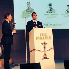 @henrycavill participa Os prêmios Sun Military Awards 2016, que esta sendo realizada hoje em Londres! Via Twitter @danwootton