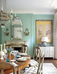Traditional and chic decor. Traditional furniture with modern upholstery fabric. I see sea foam. Green Dining Room, Dining Room Design, Design Room, Dining Area, Design Art, Modern Upholstery Fabric, Home Design Images, Design Ideas, Interior Design Masters