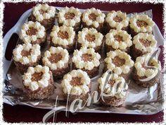 18 mini dortíků | NejRecept.cz