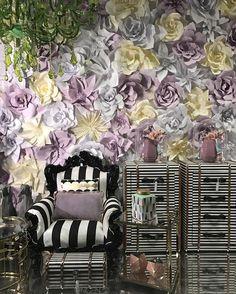 Pannello con fiori di carta giganti - wedding - matrimonio con fiori di carta - fondale in fiori di carta 3x4,5 m New Window at @vincenzo_dascanio_studio #neverstop #springcoming #staytuned  #paper #flowers