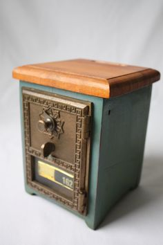Ahhhdorableee Office Doors Old Post Mailbox Mail Bo Antique Items