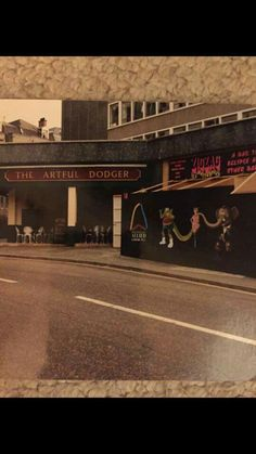 Back in time. Artful Dodger, Bournemouth, Back In Time, Vintage Travel Posters, Buses, Old Houses, Nostalgia, History, Historia