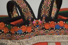 Folk Costume, Costumes, Bra, Embroidery, Sewing, Fashion, Moda, Needlepoint, Dress Up Clothes
