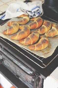 21 tips på recept till din brunch hemma - Helena Lyth Baking Buns, Bread Baking, Savoury Baking, Vegan Baking, Bread Recipes, Snack Recipes, Cooking Recipes, Snacks, Our Daily Bread