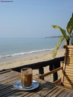 MY COFFEE & THE BEACH>>WOULD BE SOOOO PERFECT!!!