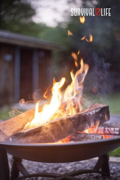 There is nothing like a nice firepit to warm yourself during cold nights. What is stopping you from having one in the comforts of your own backyard? Who knows maybe this article is the inspiration that you need so read on. #firepit #diyfirepit #campfire #survivalskill #survival #preparedness #survivallife Finance Blog, Finance Tips, Fire Prevention Month, Fire Pit Party, Thing 1, Early Retirement, Retirement Advice, Retirement Cards, Fire Pit Backyard