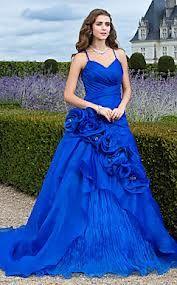 vestido de 15 anos azul com calda
