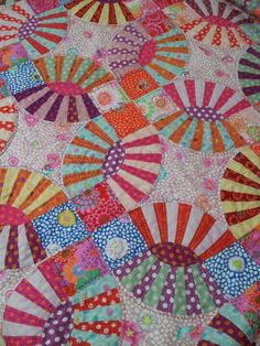pickledish quilt, just beautiful #tinlizzie18 #quilt #quilting #longarmquilting #machinequilting