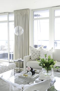 A Tone on Tone Home by the Ocean | Rue
