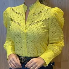 Classy Outfits, Trendy Outfits, Fall Outfits, Dress Neck Designs, Blouse Designs, Burberry Shirt Women, Kurta Designs Women, Blouse Styles, Blouses For Women