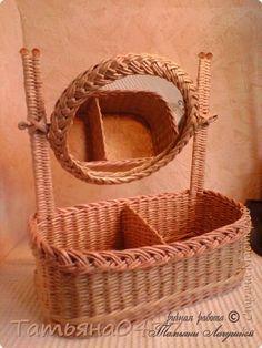 Поделка изделие Плетение Настольное зеркало Бумага газетная Трубочки бумажные фото 1