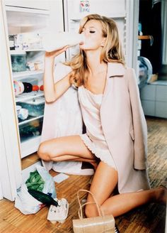 Kate Moss by Ellen von Unwerth for Vogue