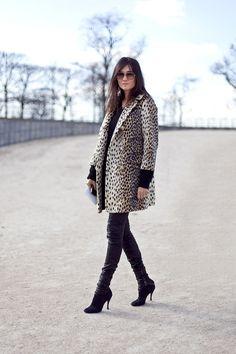 la-modella-mafia-model-off-duty-street-style-Emmanuelle-Alt-in-a-leopard-coat.jpg 500×750 pixels