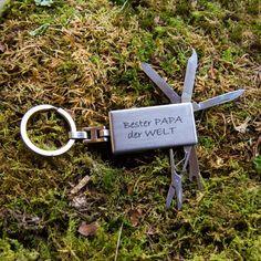 Schlüsselanhänger Papa du bist der Beste | | GUFRU  #vatertag #vatertag2020 #vatertaggeschenk #geschenkideen Personalized Items