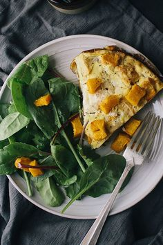 This frittata recipe incorporates pumpkin, ricotta and apples to create the ultimate fall recipe. Whether you're eating this apple recipe on it's own or pairing it with toast, hash browns, home fries, bacon or sausage, it's a great choice for a pumpkin recipe.#fallrecipes #applerecipes #pumpkinrecipes #frittatarecipes #brunchrecipes #breakfastrecipes #fallbreakfasts Best Apple Recipes, Pumpkin Recipes, Gluten Free Pumpkin, Whole Food Recipes, Favorite Recipes, Best Brunch Recipes, Easy Frittata Recipe, Frittata Recipes, Fall Dinner Recipes