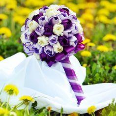 http://www.zepire.com/product/fialova-tulipanova-kytica-zo-satenovych-stuh