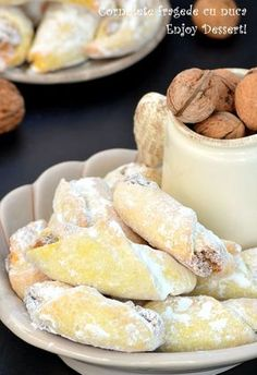Romanian Desserts, Romanian Food, Sweets Recipes, Cookie Recipes, Peach Cookies, Different Cakes, Pastry And Bakery, Homemade Desserts, Turkish Recipes