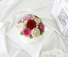 The ROSY RICE CAKE is made of bean paste and only natural food color powder. Insta : HLOJTH    http://blog.naver.com/rosyrice
