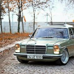 Mercedes-Benz 115 my dad had it and she's a lovely car Mercedes W114, Old Mercedes, Mercedes Benz 190, Stance Nation, Mercedes Classic Cars, Mercedes Benz Germany, Daimler Benz, Maybach, Volvo