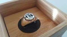 Manchester United Signet Ring Manchester United Fans, Football Soccer, Signet Ring, Bow Ties, The Unit, English, Club, Rings, Jewelry