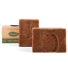 Naturalne mydła aleppo nie podrażniają skóry i są idealne dla delikatnej skóry. Polecane przez wiele kobiet mydło