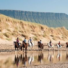 Benbulben is known as County Sligo's 'Table Mountain' and is part of the Dartry Mountains #benbulben #sligo #instaireland #insta_ireland #wildatlanticway #inspireland_ #ireland #loveireland #loves_ireland #atlantic #horseriding #beach