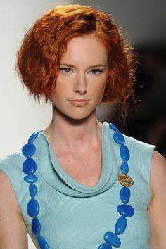 Elene Cassis: Faux Wavy Bob #beach #hair #summerhair #TRESemme #summerhair