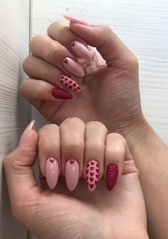pink nails with glitter accent ; pink nails with rhinestones ; pink nails with glitter Diy Valentine's Nails, Nail Manicure, Pink Nails, French Manicure, Nail Polish, Heart Nail Designs, Valentine's Day Nail Designs, Art Designs, Funky Nail Designs