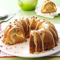 William Tell's Never-Miss Apple Cake Recipe -I bake my family-favorite fall cake to usher in this abundant season. It looks so luscious that eating one piece is nearly impossible. Fall Cake Recipes, Apple Cake Recipes, Dessert Recipes, Thanksgiving Recipes, Sweet Recipes, Sour Cream, Cake Portions, Fall Cakes, Pudding