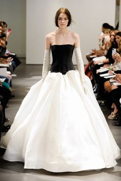 Black-and-white ball gown, Vera Wang
