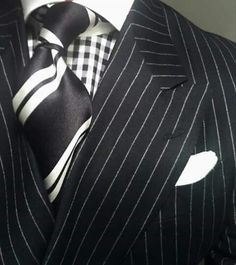 Love the pattern mix, makes an interesting statement. WIWT Double Breasted Pinstripe Suit Dressed For Success by Oger, MTM Gingham Check Shirt by Van Laack, Striped Tie by Richard james Der Gentleman, Gentleman Style, Sharp Dressed Man, Well Dressed Men, Double Breasted Pinstripe Suit, Mode Masculine, Suit Fashion, Mens Fashion, Herren Outfit