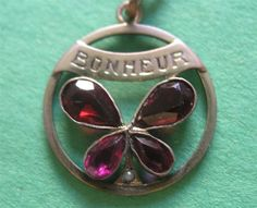 ANTIQUE FRENCH GF GARNET & SEED PEARL CLOVER 'BONHEUR' HAPPINESS CHARM