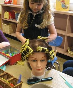 Apps for Boosting Your Business StrongStart: Hair Salon Dramatic Play CenterStrongStart: Hair Salon Dramatic Play Center Dramatic Play Themes, Dramatic Play Area, Dramatic Play Centers, Preschool Dramatic Play, Preschool Centers, Preschool Classroom, In Kindergarten, People Who Help Us, Role Play Areas