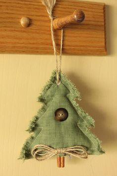 Primitive Country Christmas Tree Ornament by HistoryInMaking, $12.95