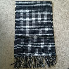 Black and White Scarf Super soft black and white scarf with fringe. Accessories Scarves & Wraps