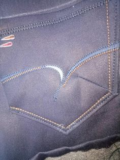 Fashion Pants, Mens Fashion, Patterned Jeans, Ms Gs, Denim Pants, Stretch Jeans, Embroidery On Jeans, Embroidery Ideas, Mens Jeans Outfit