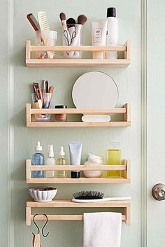 Trendy bathroom storage ideas for small spaces organizing ikea Space Saving Bathroom, Small Bathroom Storage, Ikea Storage, Door Storage, Bathroom Organisation, Storage Hacks, Storage Ideas, Small Bathrooms, Bedroom Storage