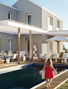 A frame architecture. - House revamp - A frame architecture. House Deck, Facade House, Residential Architecture, Modern Architecture, Weatherboard House, Exterior Cladding, Coastal Homes, House Painting, House Colors