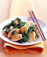 Poulet avec brocoli et sauce à l'ail