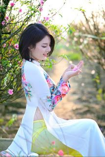 List of Top: 30 Most beautiful girls with Vietnamesse traditional Aodai