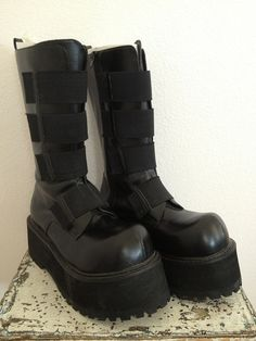 GothAuctions.com - Free Gothic Auctions - DEMONIA Boots - Listed by chopstix!