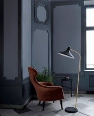 GUBI found another great design by Greta Grossman - the lamp from the early - relaunched in 2015 and available now. Arc Floor Lamps, Black Floor Lamp, Modern Floor Lamps, Greta Grossman, Lamp Inspiration, Scandinavia Design, Mid Century Lighting, Living Room Flooring, Cool Lighting