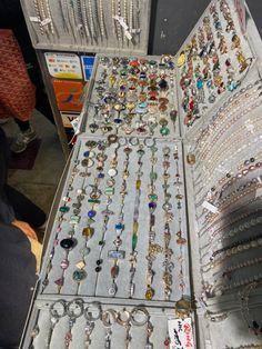 Grunge Jewelry, Funky Jewelry, Hippie Jewelry, Cute Jewelry, Jewelry Accessories, Diy Jewelry Rings, Hand Jewelry, Crystal Jewelry, Jewelry Making